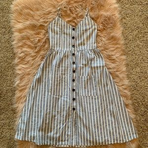 Dresses & Skirts - Blue Striped Button Front Midi Dress size Small